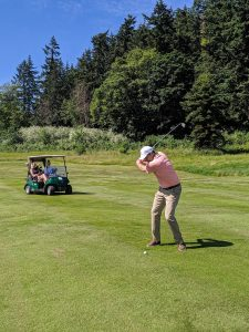 golfing-swing-golf-course-swinomish