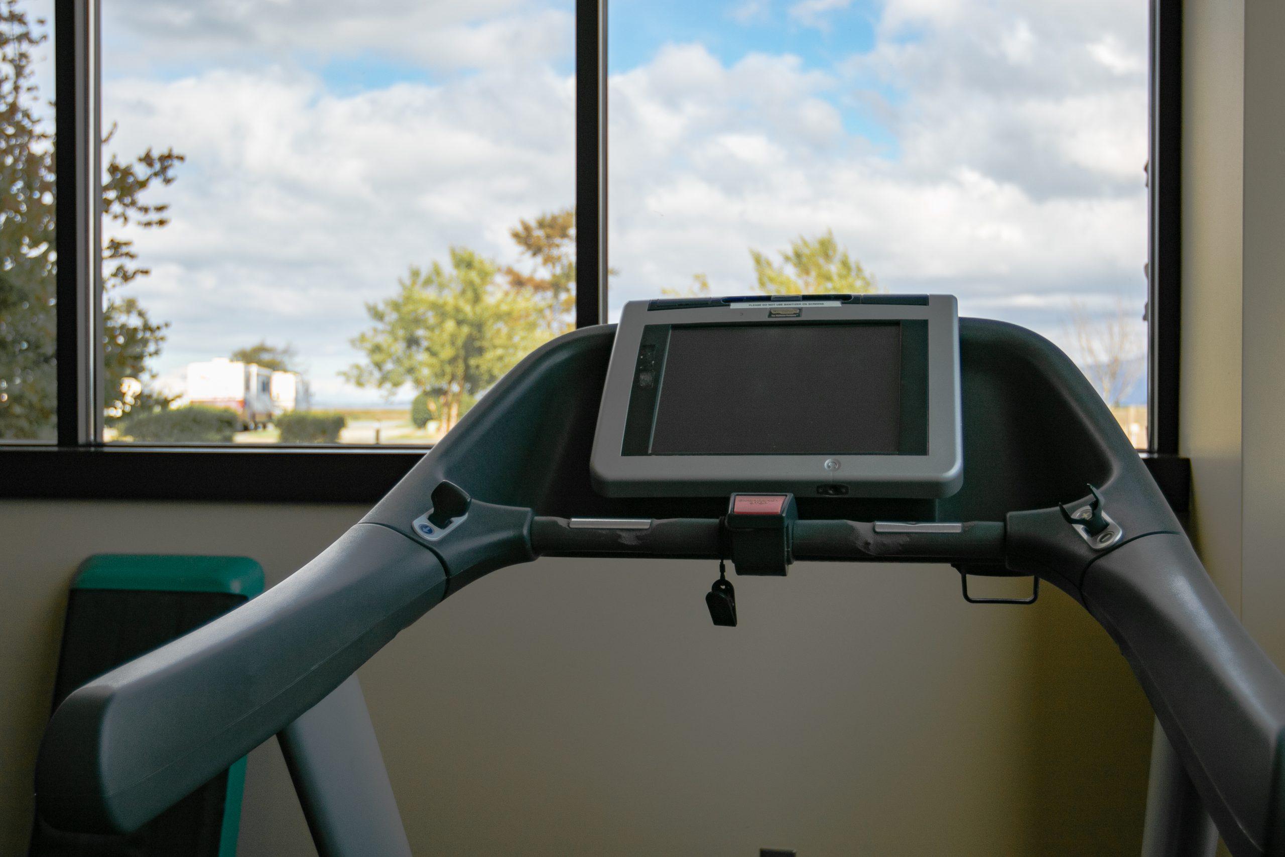 Swinomish Lodge Gym Treadmill